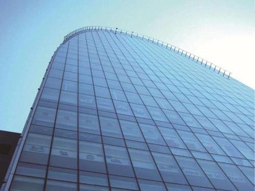 厦门玻璃幕墙漏水维修收费标准
